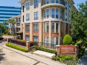 Two Bedroom Apartments in Houston, Texas - Exterior View of Community